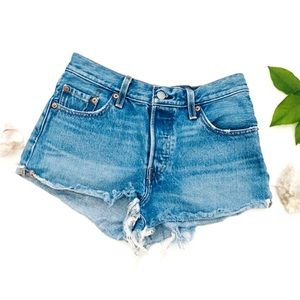 Levi's 501 Button Fly Frayed Boho Jean Shorts 25